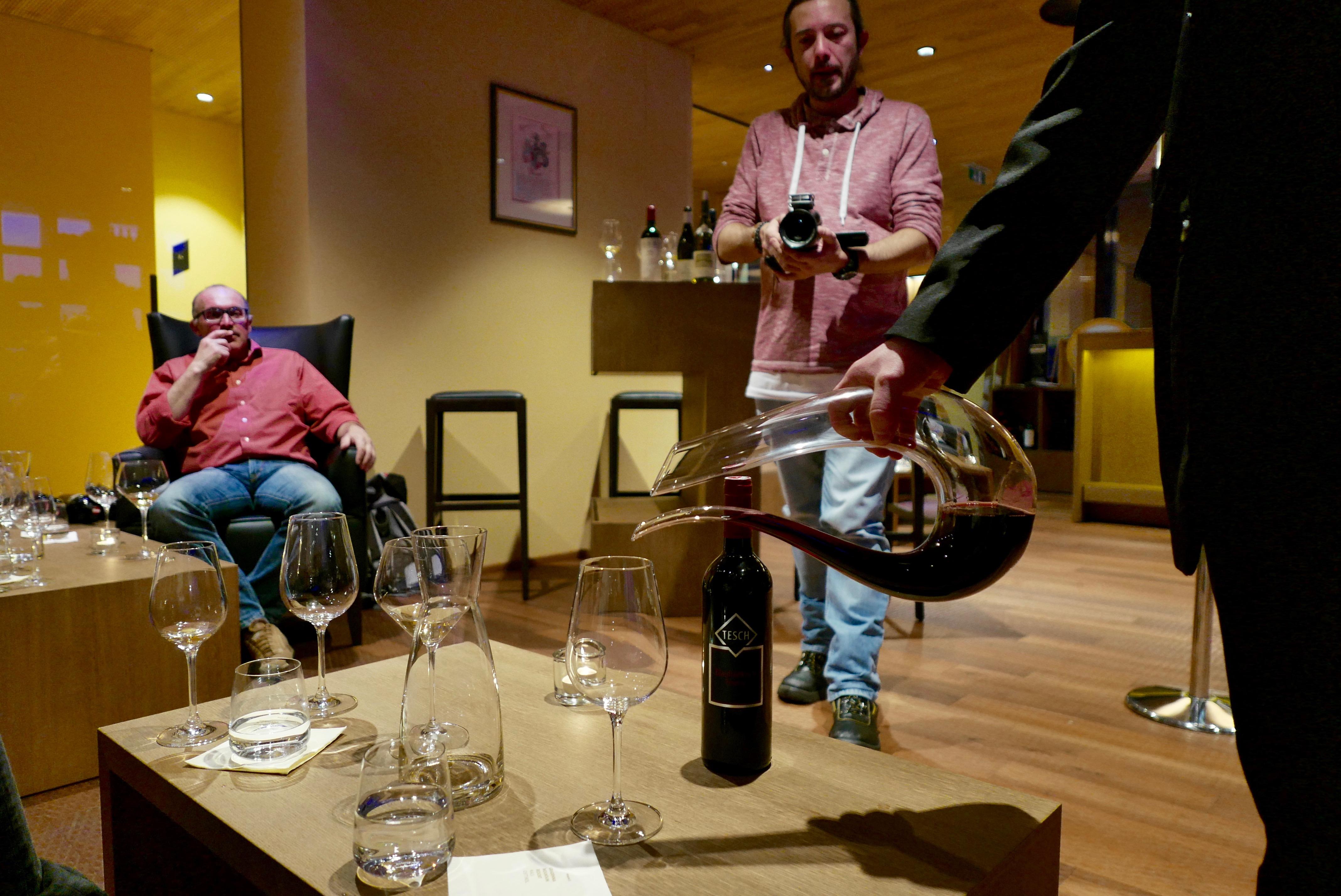 Amadeo, #auskia și vinurile sale